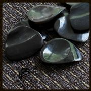 Stub Tones - Black Horn - 1 Guitar Pick | Timber Tones